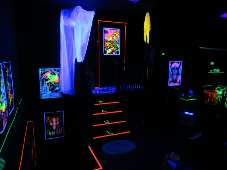 Groovy Check Out My Blacklight Garage Download Free Architecture Designs Meptaeticmadebymaigaardcom