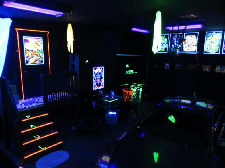 Black Light Bedroom Ideas Part - 37: Garage Party Room Ideas