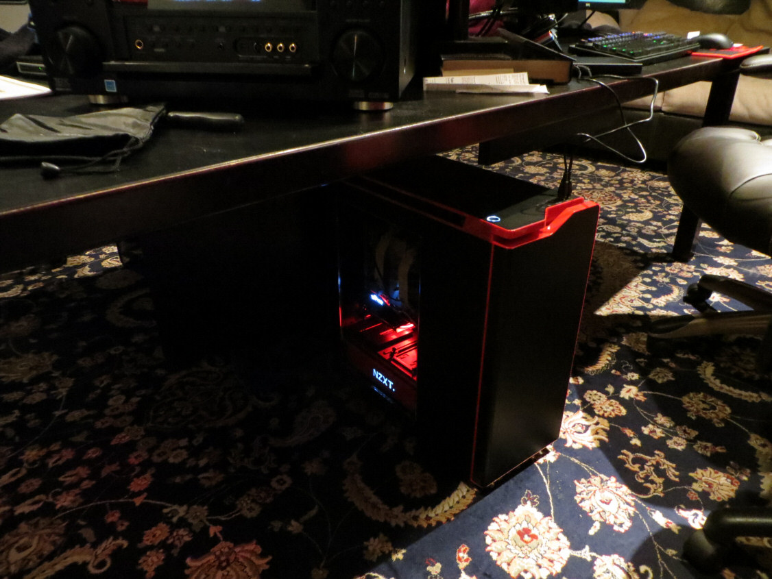 NZXT H440 black/red Case with side window
